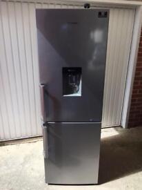 Samsung 60/40 fridge freezer