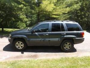 2001 Jeep Grand Cherokee Laredo SUV, Crossover