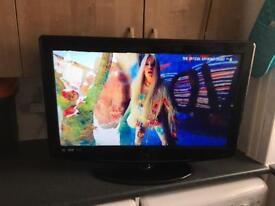 """32"""" DIGITREX HD TV"""
