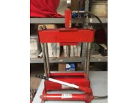 Sealey Hydraulic Press, Home garage workshop