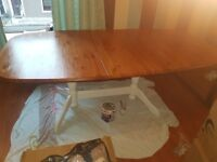 Extending oak dining table - Upcycled