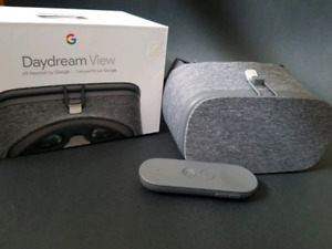 Daydream Virtual Reality Headset by Google