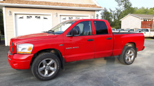 2006 Dodge Power Ram 1500 Crew Cab Pickup Truck