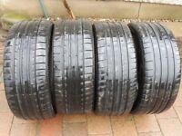 4 Car tyres - 2 Michelin Pilot Super Sport 225/40 ZR19 & 2 Kumho 225/40 ZR19