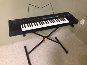 EXCELLENT BEGINNER CASIO KEYBOARD!!