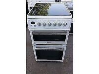 WHITE/SILVER HOTPOINT FREE STANDING 50cm ELECTRIC COOKER, 4 MONTHS WARRANTY