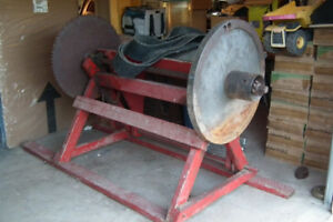 Woodcutter Bench Saw.