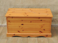 Country wooden long storage chest (Delivery)