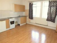 Large Self-Contained unfurnished Studio Flat on Ditchling Road by the Level - Some bills included!