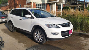 2007 Mazda CX-9 SUV, Crossover in MINT condition. WELL cared for