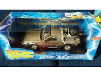 1:18 scale sunstar back to the future diecast model