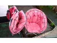 Set of 2 red moon chairs