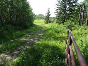 Lamont County 160 acres land right along Elk Island Park fence