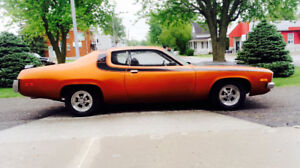 * A QUI LA CHANCE * 440 PLYMOUTH SATELLITE ROADRUNNER 1974