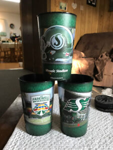 Roughriders 'Mosaic Stadium Farewell Season' 32 oz cups