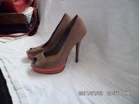 ladies size 6 brown fake suede platform heels by new look
