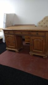 Dressing table/ sideboard