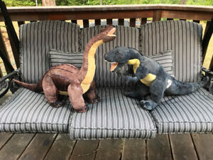 2ft tall stuffed dinosaurs