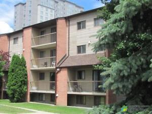 $210,000 - Condominium for sale in Waterloo