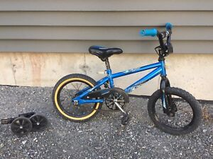 """Norco Menace 14"""" boys bike good condition with training wheels"""