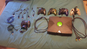 Original xbox with games and controllers