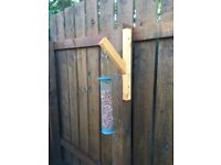Bird feeder hanger