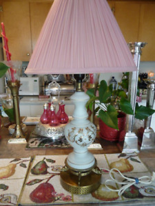 Lovely Tall Vintage Glass Based TablE Lamp