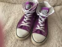 CONVERSE PURPLE HI TOPS SIZE 6
