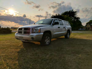 2006 Dodge Dakota SLT V8