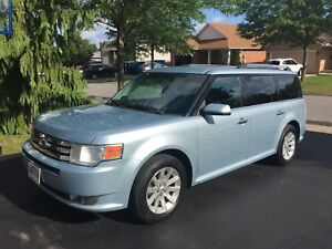 Ford Flex 2009 SEL FWD Amazing Vehicle
