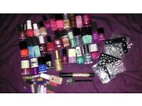 33 used Nail varnishes + nail stickers and beads