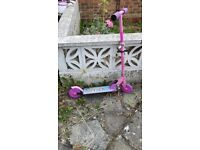 Pink ozzbozz scooter