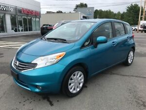 2014 Nissan Versa Note SV LOW KMS!!