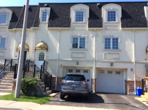 Executive Richmond Hill Townhome