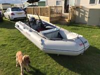 2 year honwave 32 air floor inflatable boat with 6hp Yamaha outboard £1700