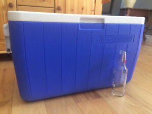 Coleman Poly-Lite Cooler 63-can size - in Kelowna