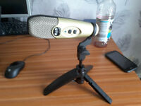 CAD u37 USB Microphone - cable & stand included