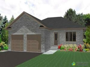 $359,000 - Bungalow for sale in Clifford