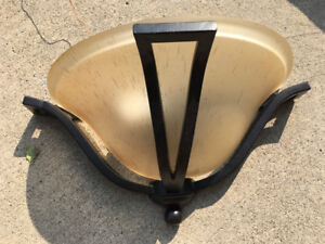wall sconce $5.00