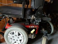 Quatumn Q6 Edge powder wheelchair
