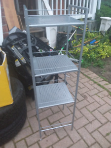 metal shelf pick up today for 20.00