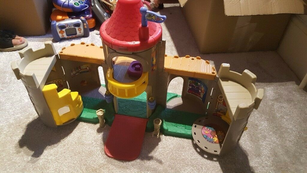 Fisher Price castlein Caister on Sea, NorfolkGumtree - Fisher Price little people castle. I unfortunately dont have any people or accessories for this. Please message if you have any wuestions and check out my other items for sale. thank you x