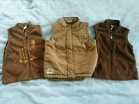 Gilets for 2-4 years old.