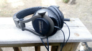Shure SRH550DJ Head Phones