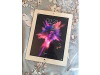 Apple iPad 3rd Generation   broken screen but fully working   16GB