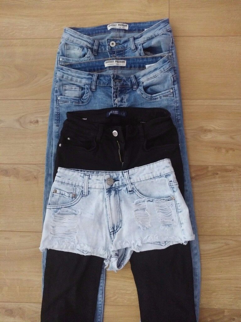 Women jeans for sale xs, sin Southampton, HampshireGumtree - Women jeans for sale small size. Blue jeans from tk maxx, black from zara, shorts no name size 6 very small.If you interestend send email.Collection from Bitterne