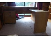 wooden wrap around desk
