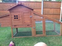 Large outdoor rabbit hutch/ small chicken coop nearly new large indoor outdoor sections