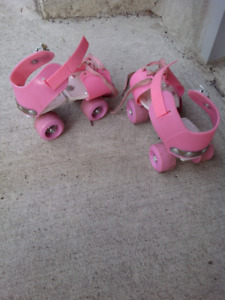 Children Roller Skates Double Row 4 Wheels fits different sizes