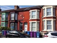 Lovely double room to rent in a 3 bed house in Liverpool. No deposit and 3 months rent already paid